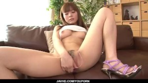Anri Sonozaki finger fucked and made to reach orgasm