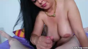 Cock Sucking Milf Wants To Taste Your Precum