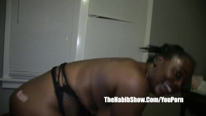 ghetto hood cocoa kat fucked in the trap by quickie mart worker