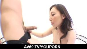 Deep penetration sex scenes with brunette Noeru Fujiki
