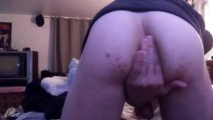 18 year old playing with his virgin ass