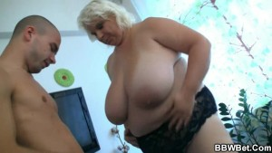 Huge lady strips and fucks him