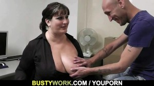 He seduces big boobs bitch into cock riding