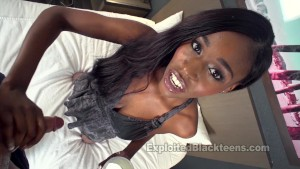 Black Teen w Sexy Body takes it in the Ass in this Anal Video