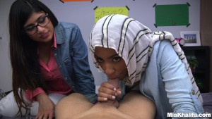 blowjob lessons with mia khalifa and her arab friend (mk13818)