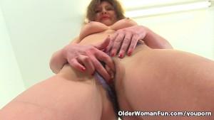 German milf Kristine Von Saar fingers her hungry cunt
