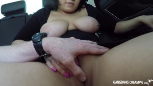 Curvy Latina shows us her goods and sucks dick in car