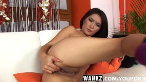 WANKZ- Agnes Making Herself Cum