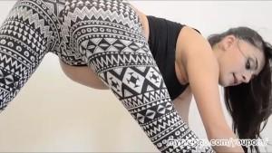 Sexy Pregnant Latoya Dancing and Masturbating!