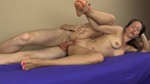 Homemade amateur couple he finger fucks her then creampies her