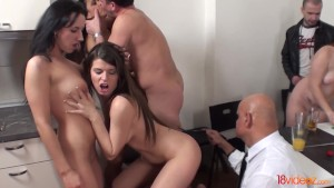18videoz - Sex party with older spectator