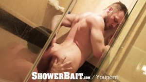 ShowerBait - Straight Peter Marcus shower fucks Jack Hunter