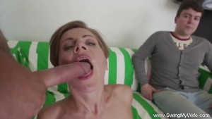 Amazing Life Of A Swinger MILF