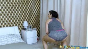 EuropeMaturE Busty Lady Lulu Solo Masturbation