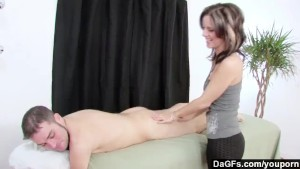Dagfs - Masseuse Frenchie Gives An Extra