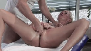 Tina Enjoys Her Dirty Massage