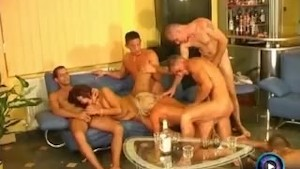 era and nelli cute party with five lucky men – TEATERBOKEP.COM