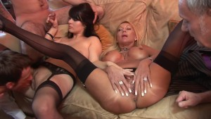 Fingering These Babes - Bluebird Films