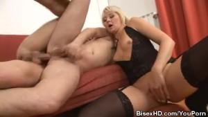Bisexuals Threesome Cumming