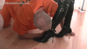 Kinky leather clad Mistresses make pathetic inmate slave lick the cream off their leather boots