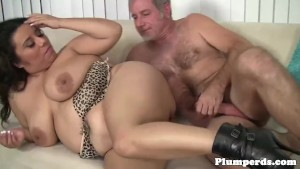Chunky bbw doggystyled after blowjob