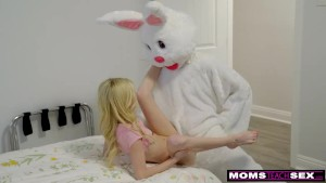 Mom And Daughter Hunt For Easter Bunny Cock And Cum! S7:E9