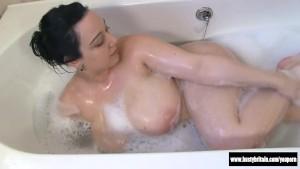 Nikkie Big Boobs And Ass Soaking