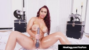 Horny Nina Kayy Fucks Hitachi So Hard She Jets Juice!