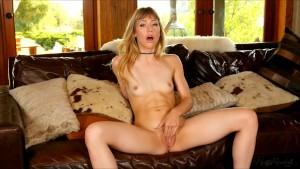 Pleasurable masturbation with gorgeous babe Ivy Wolfe
