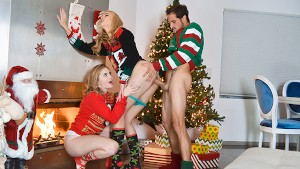 StepSiblings - My Super Hot Stepsisters Suck My Cock In Ugly Christmas Sweaters
