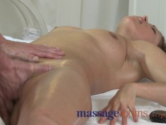 Massage Rooms Milf legend...