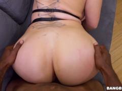 Big Tits Pornstar Nina...