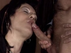 mature mom milf - cum in mouth
