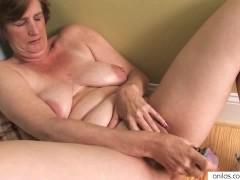 - Ray Lynn mature dildo ...