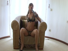 Jennifer Love has a very long dildo - Xisty