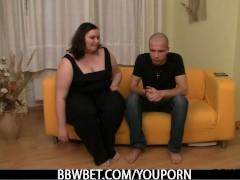 He picks up BBW  and bangs her hard