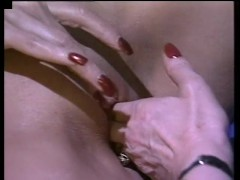 Granny lesbians fucking each other - Gentlemens Video