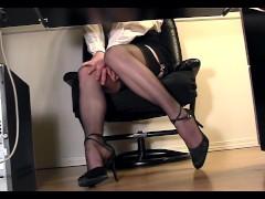 Leggy secretary under desk voyeur cam...