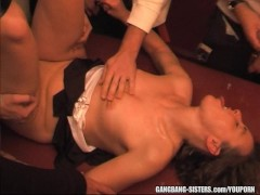 Amateur mom fucked by everybody at the swingers club