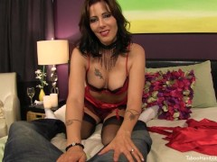 Stepmom gives a silky Valentines Day Handjob