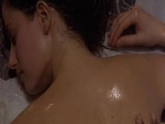 Marie Gillain - Harem Suare