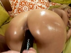 Dirty_Little_Secrets_2_Scene_1