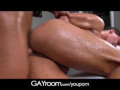 GayRoom Big booty boy fucked by hunky masseur