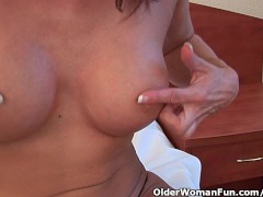 Sultry grandma probes ... video