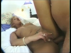 Guy slides his cock deep in his wifes asshole - Telsev
