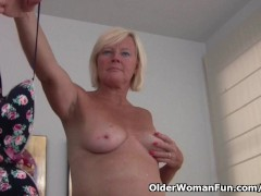 Belgium grandma loves masturbating in pantyhose