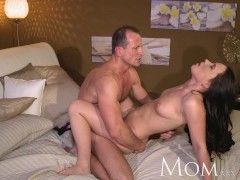 MOM George uses old tricks to get his new milf to climax