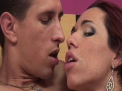 Big dick fucking a shemale babe - Tranny Kings