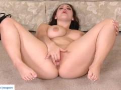 Busty Babe Noelle Easton Masturbates