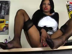 Black girl in nylons squirting like crazy